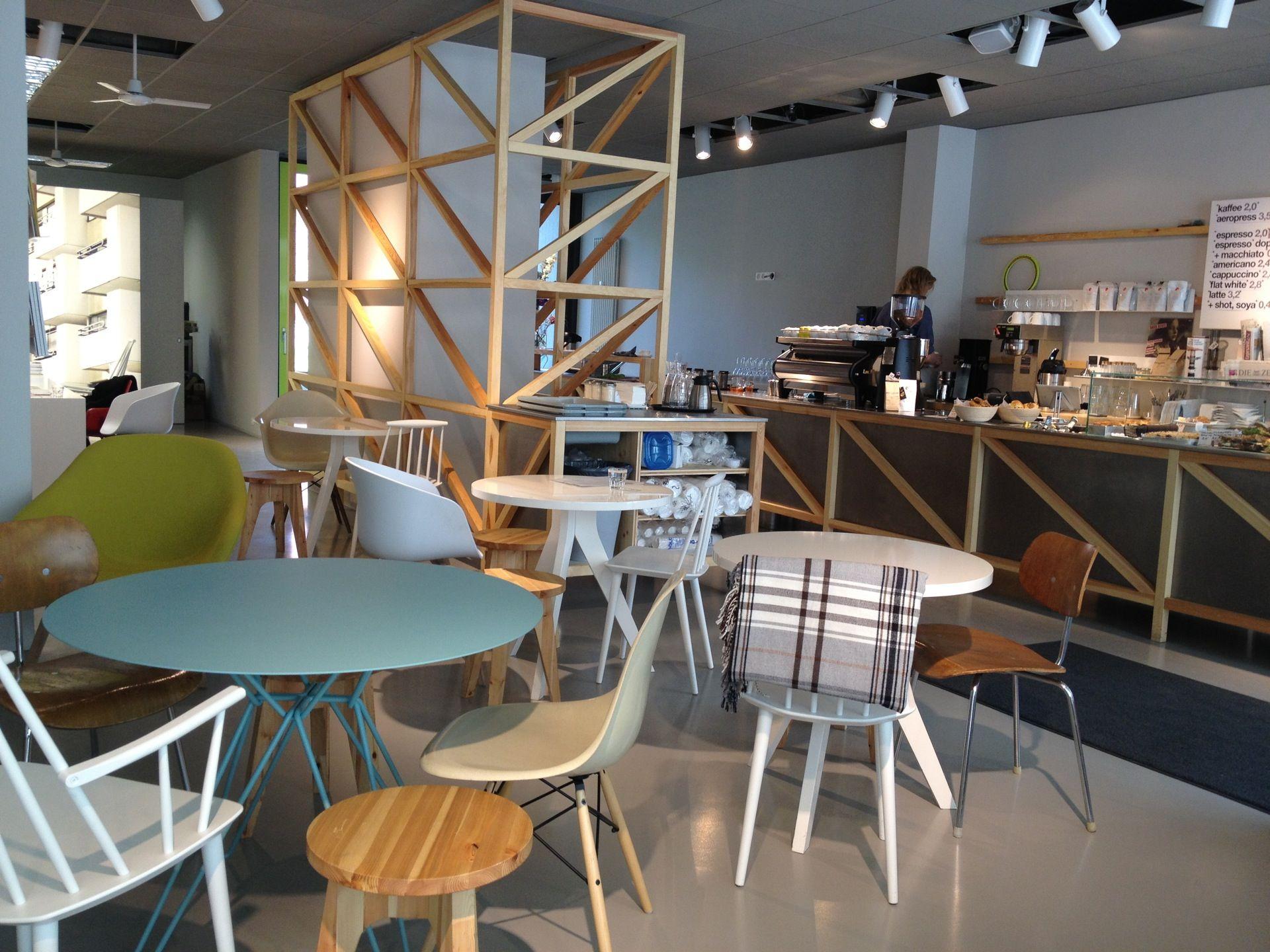 westberlin - kreuz. cafe