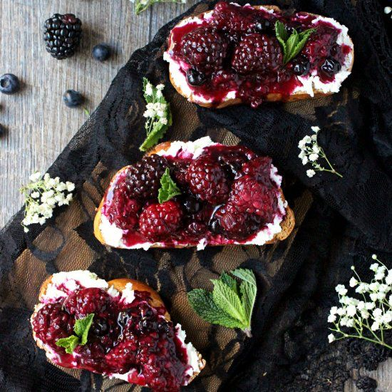A cozy taste of spring, these Smashed Blackberry