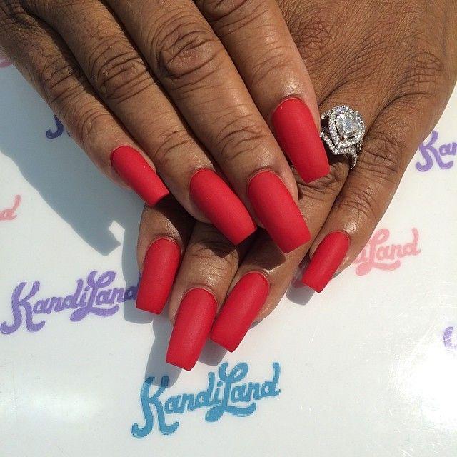 Red matte nails☻   Nueva nails   Pinterest   Red matte nails, Matte ...