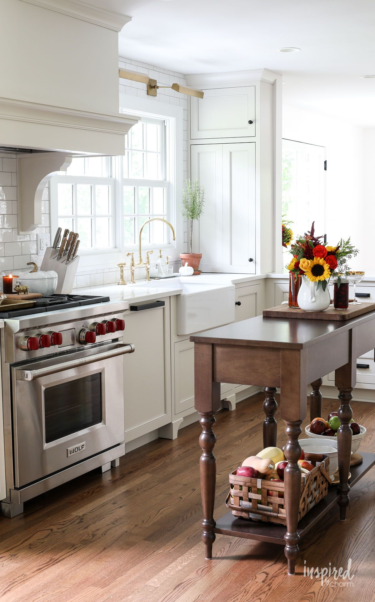 Simple Fall Decorating Ideas for the Kitchen #fall #decor ...