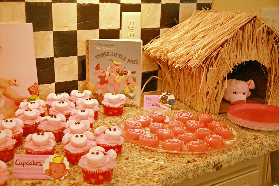 More Cupcakes and the Jello Pig Tails