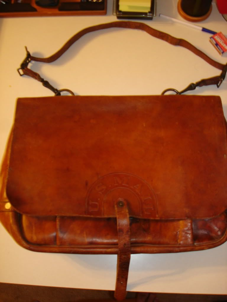 Greetings,    This genuine U.S. Mail bag was hand crafted by Bona Allen (one of the govt's top...