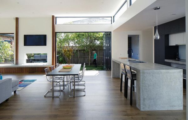 A Renovation Upgrades An Art Deco House With Images Art Deco
