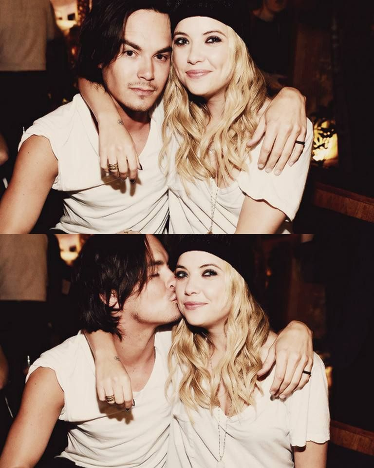 Tyler Blackburn And Ashely Benson Cute Couple On Pretty
