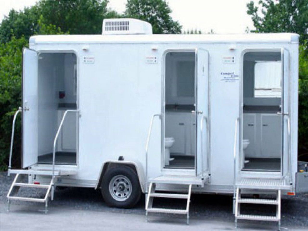 Choose The Proper Portable Toilet For Your Outdoor Event And Site