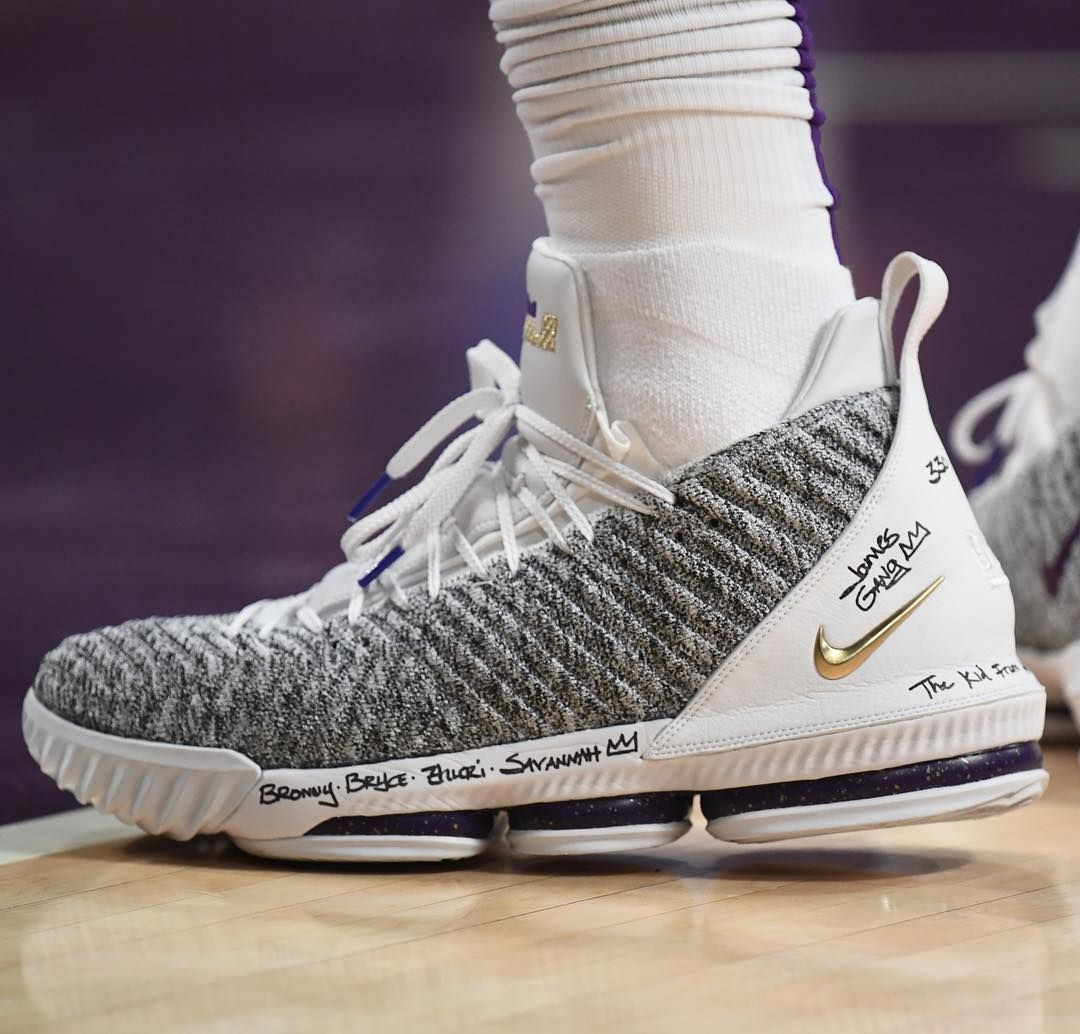 "cheap for discount e2491 2e63b Bleacher Report Kicks on Instagram  "" KingJames brought out another LeBron  16 colorway against the Magic."""