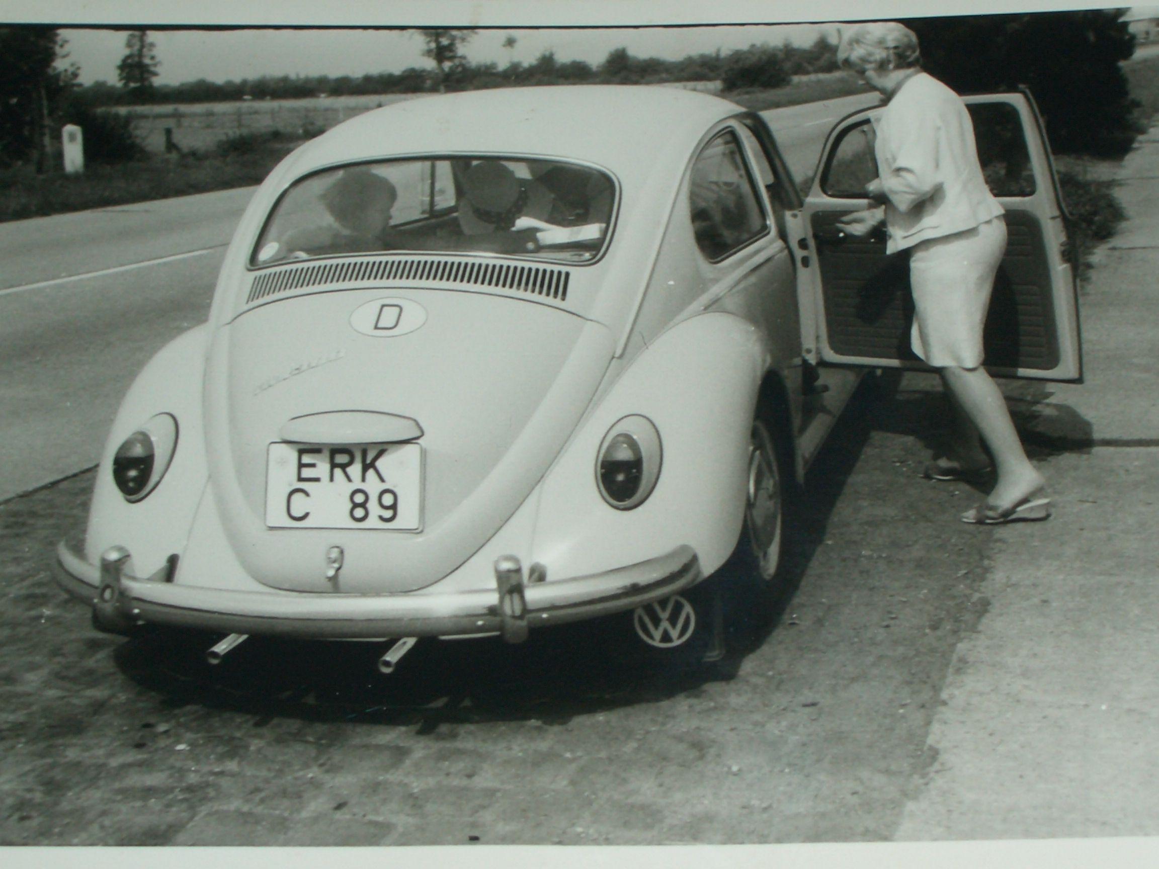 Die erste Fahrt in den Urlaub  nach Zeeland. Sommer 1967 Eine fünfköpfige Familie in einem Käfer auf großer Fahrt. Heute unvorstellbar...