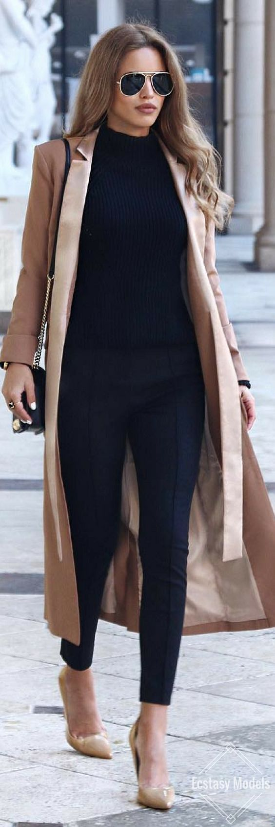 For A Simple Yet Stylish Work Look Try All Black With Camel Colored Shoes And Coat Let Daily