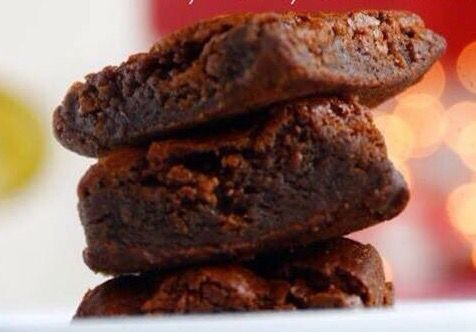 Los mejores Brownies para regalar en esta Navidad!! Cel: 316 523 1304 Cali
