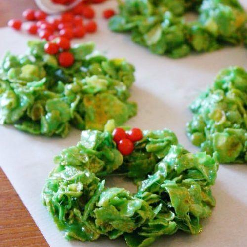 Christmas Cornflake Wreaths - Marshmallow Treats - Pretty Providence #marshmallowtreats