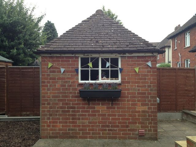 How to make wooden bunting for your garden. #bunting #DIY #craft #homemade