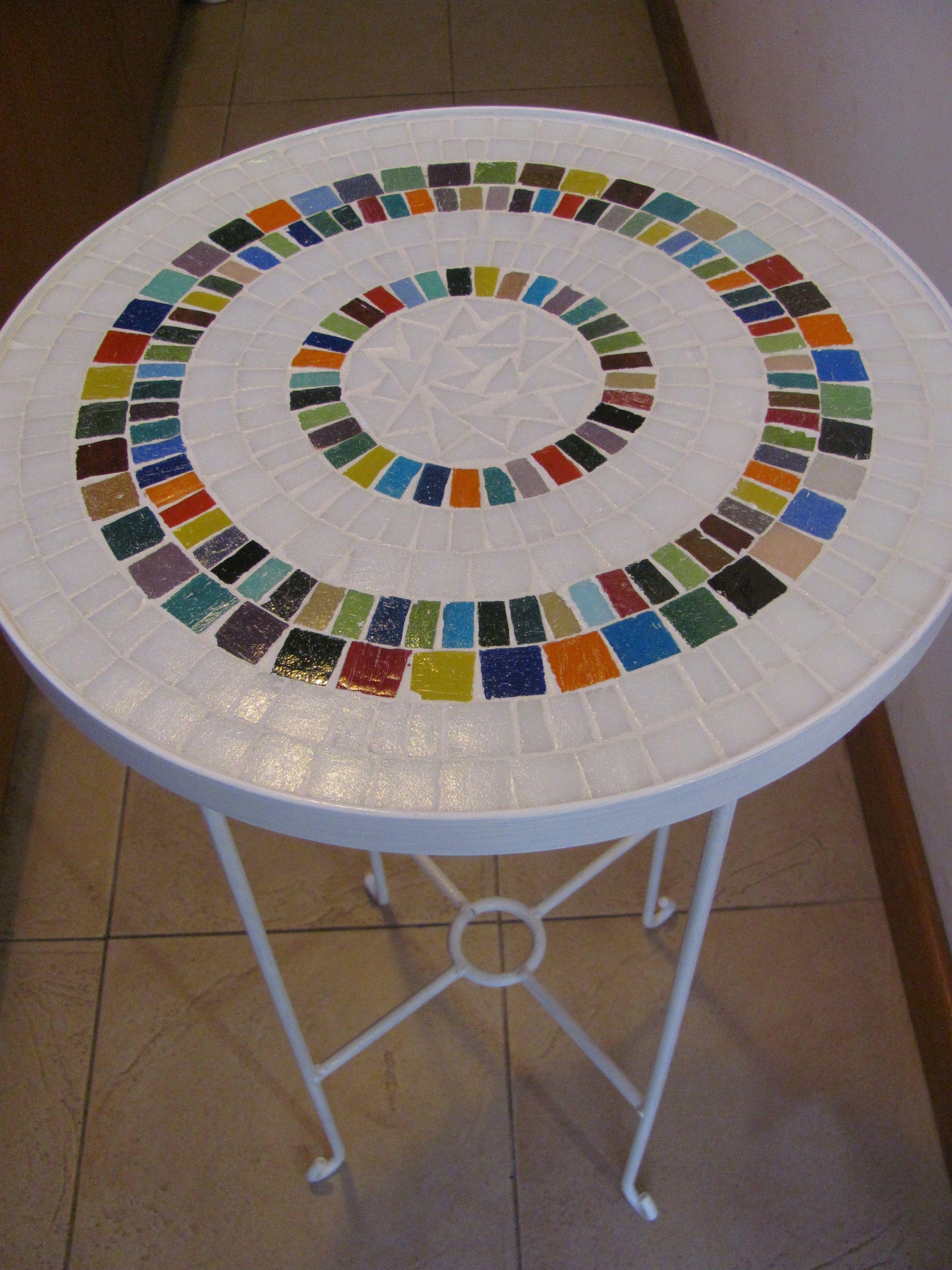 Mesa decorada con venecitas en base de hierro 650 en for Dibujos para mosaiquismo