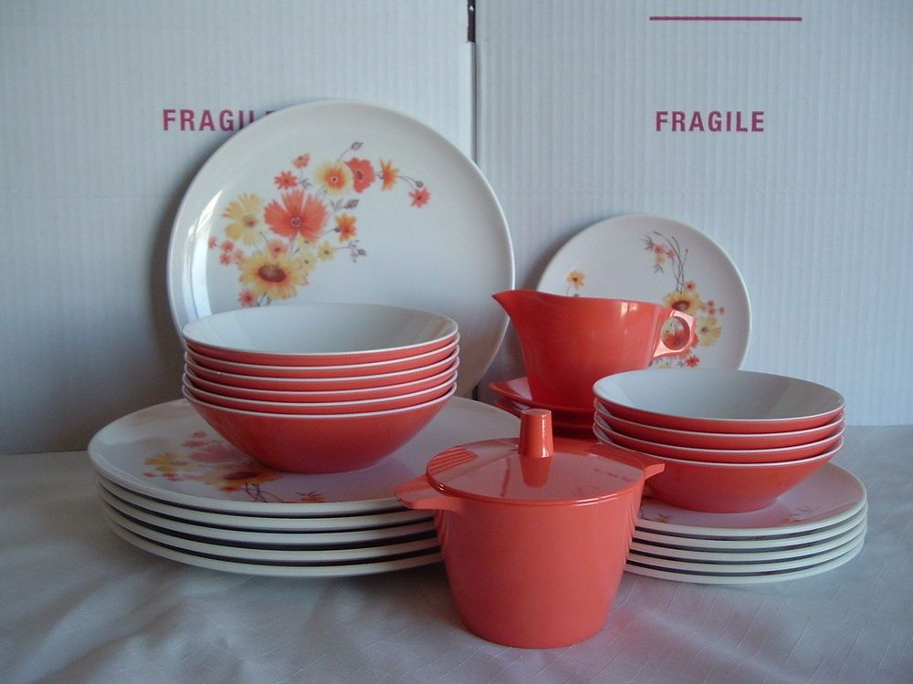 Vintage Retro Coral Melamine Dinnerware Set Dorchester