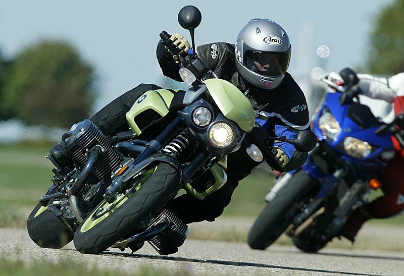 bmw r1150r rockster on the track motorcycles pinterest. Black Bedroom Furniture Sets. Home Design Ideas