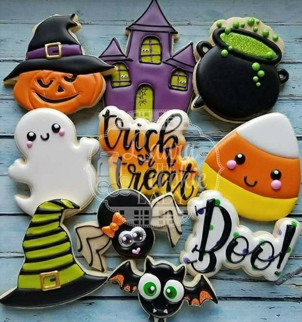 Pin by Becky Bowman Giroux Sandine on Flooded Royal Icing Cookies - Halloween Decorated Cookies