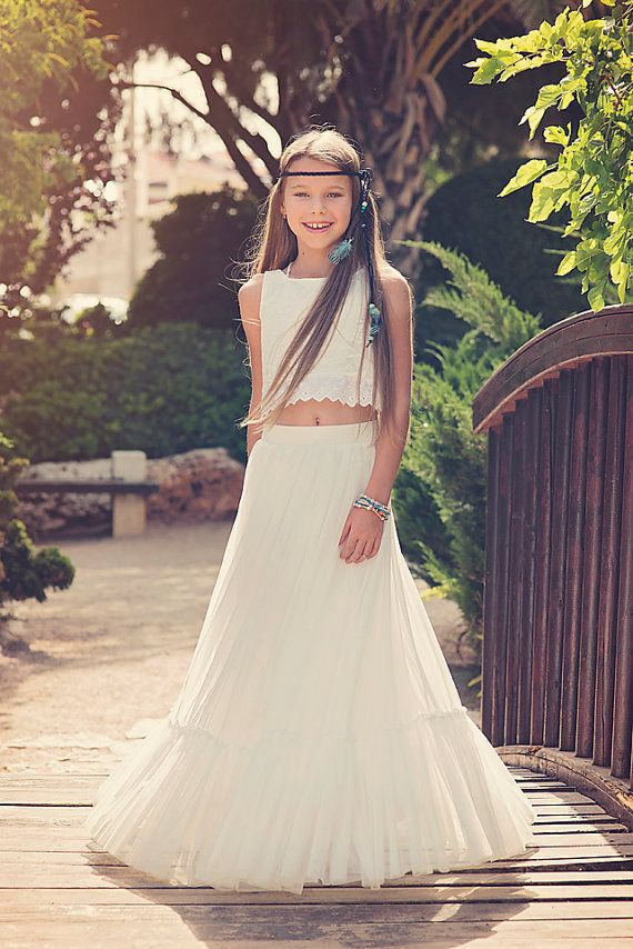 03eebcd0a1f Boho-chic Flower Girl Dress  Boho Girls Outfit   Junior Bridesmaid Dress   Boho  skirt and top set    Bohemian flower girl    vintage wedding