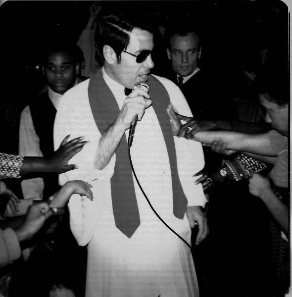 A history of jim jones and the peoples temple