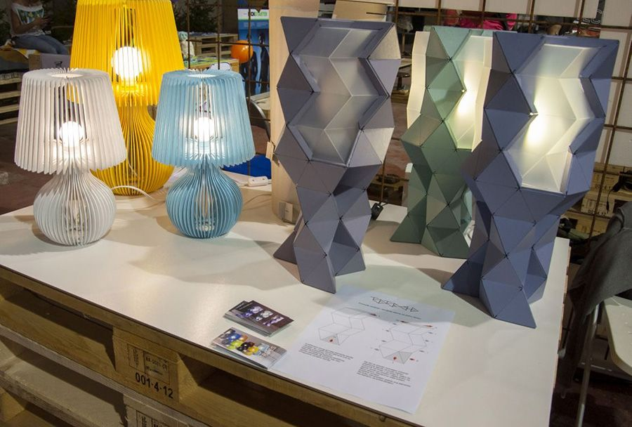 Pin By Carton Light On Newspaper Articles Lamp Paper Lamp Novelty Lamp