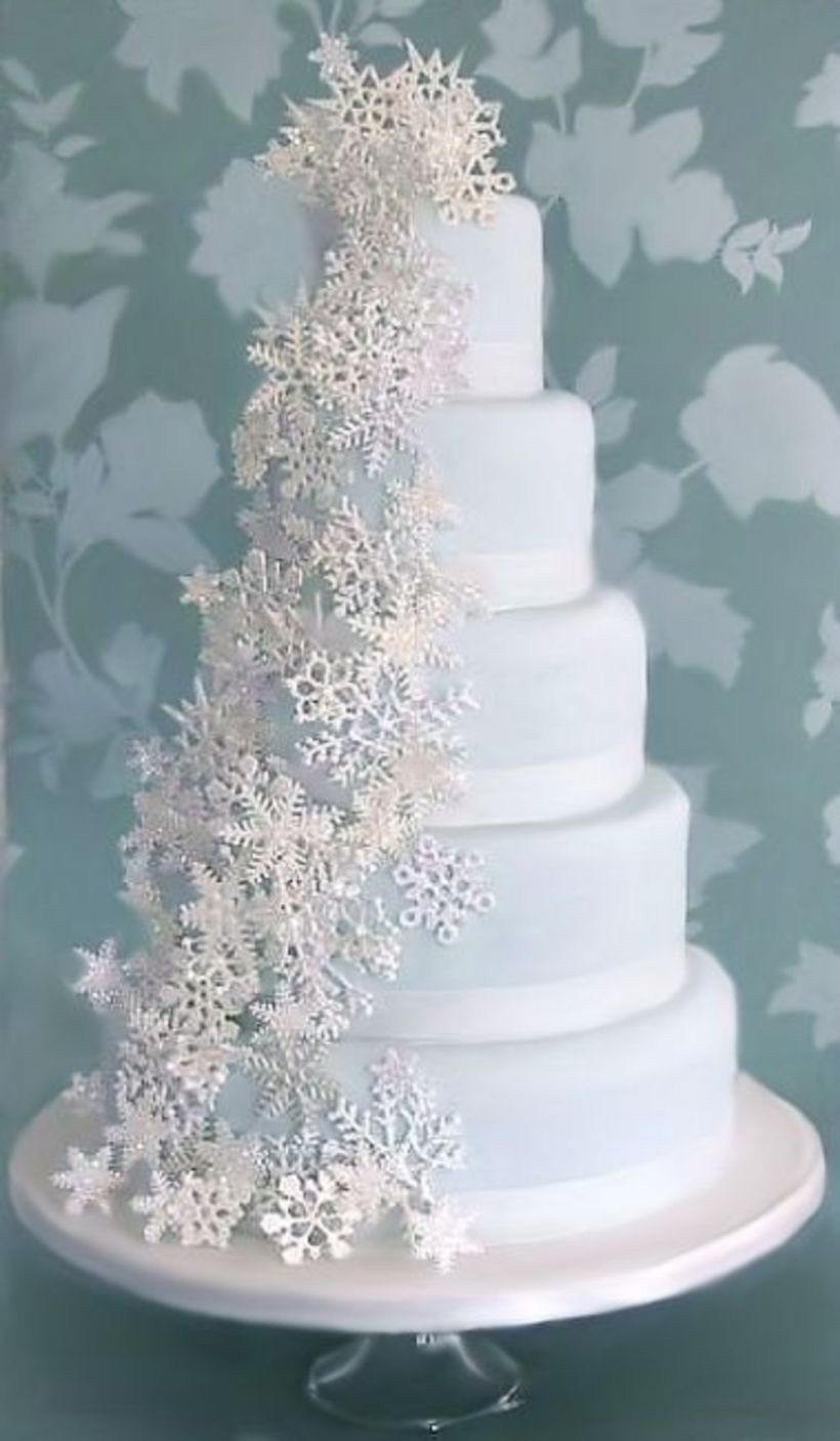 Romantic winter wedding cakes ideas with snowflakes 12 | Winter ...