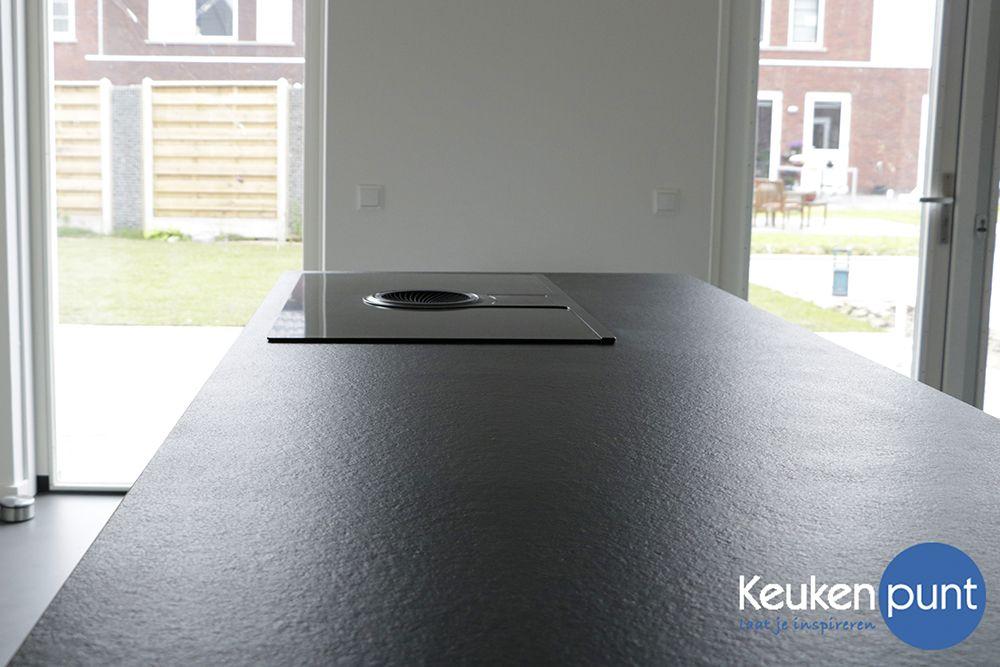 eiland keuken met elica nikola tesla kookplaat een. Black Bedroom Furniture Sets. Home Design Ideas