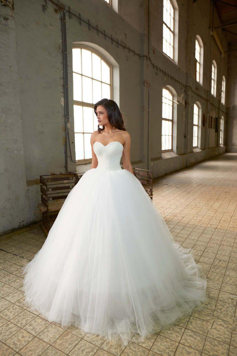 crusz Brautkleider  Prinzessin kleid hochzeit, Brautkleid