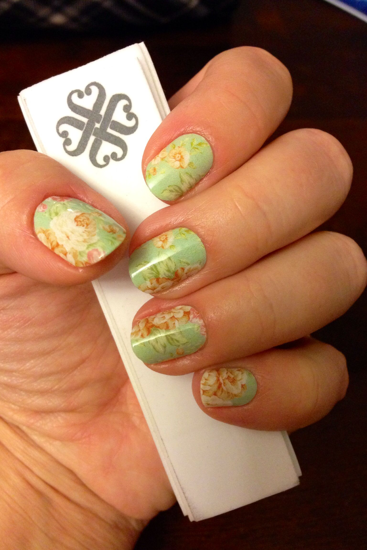 nail wraps in quotvintage chicquot jamberry jamberry nails