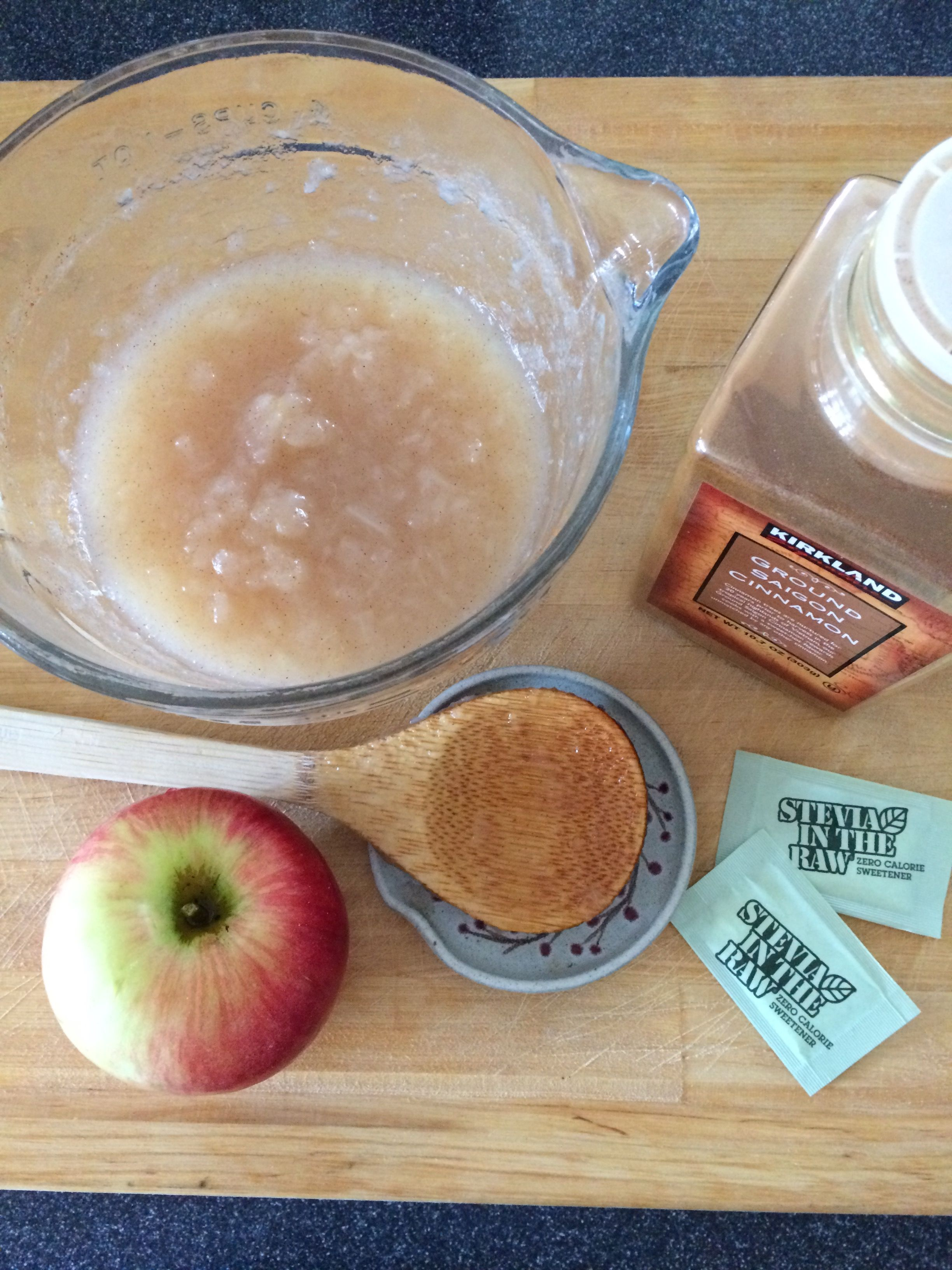 Homemade applesauce using Stevia. Yum!