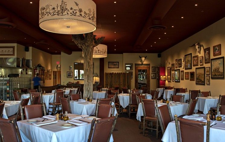Greater Phoenix Bars Open For Takeout Booze Bottles And More Restaurant Patio Outdoor Dining Scottsdale Restaurants