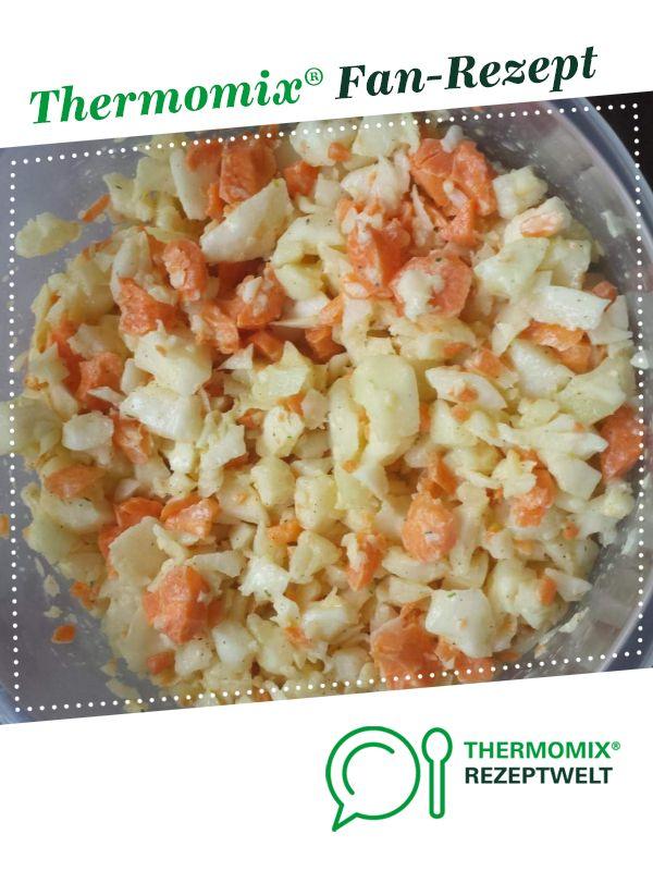 Photo of Kohlrabi and carrot salad