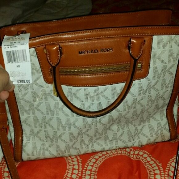 Michael kors brand new with tags Perfect for vday! Michael Kors Other