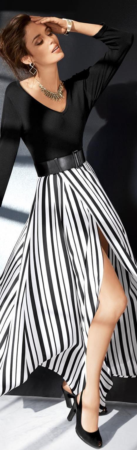 falda maxi de líneas y largos asimétricos