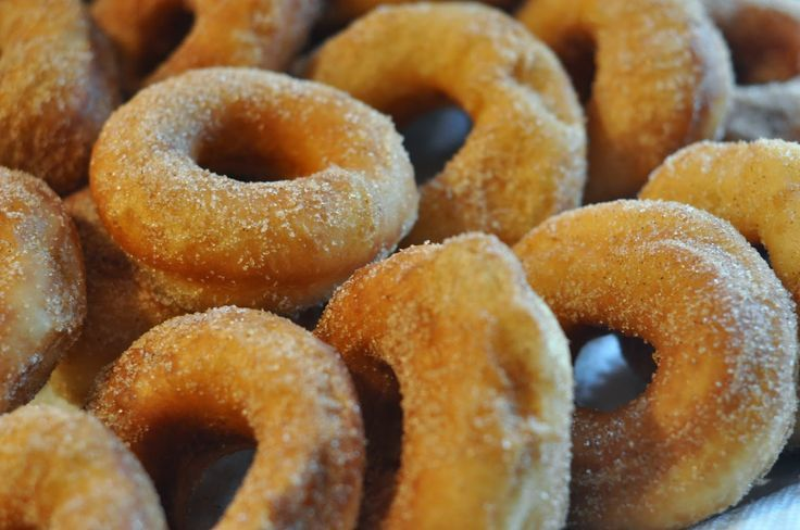 Zimt gezuckerte Donuts