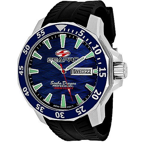 <p>Submerge yourself in style and water with this durable timepiece from Seapro!</p>