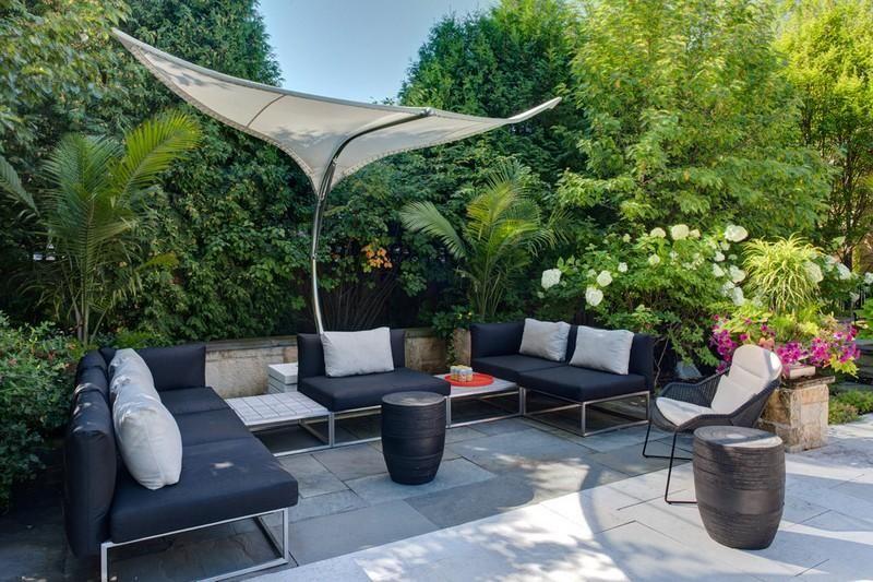 Modern Und Stilvoll   Sonnenschirm Für Die Sonnige Südterrasse