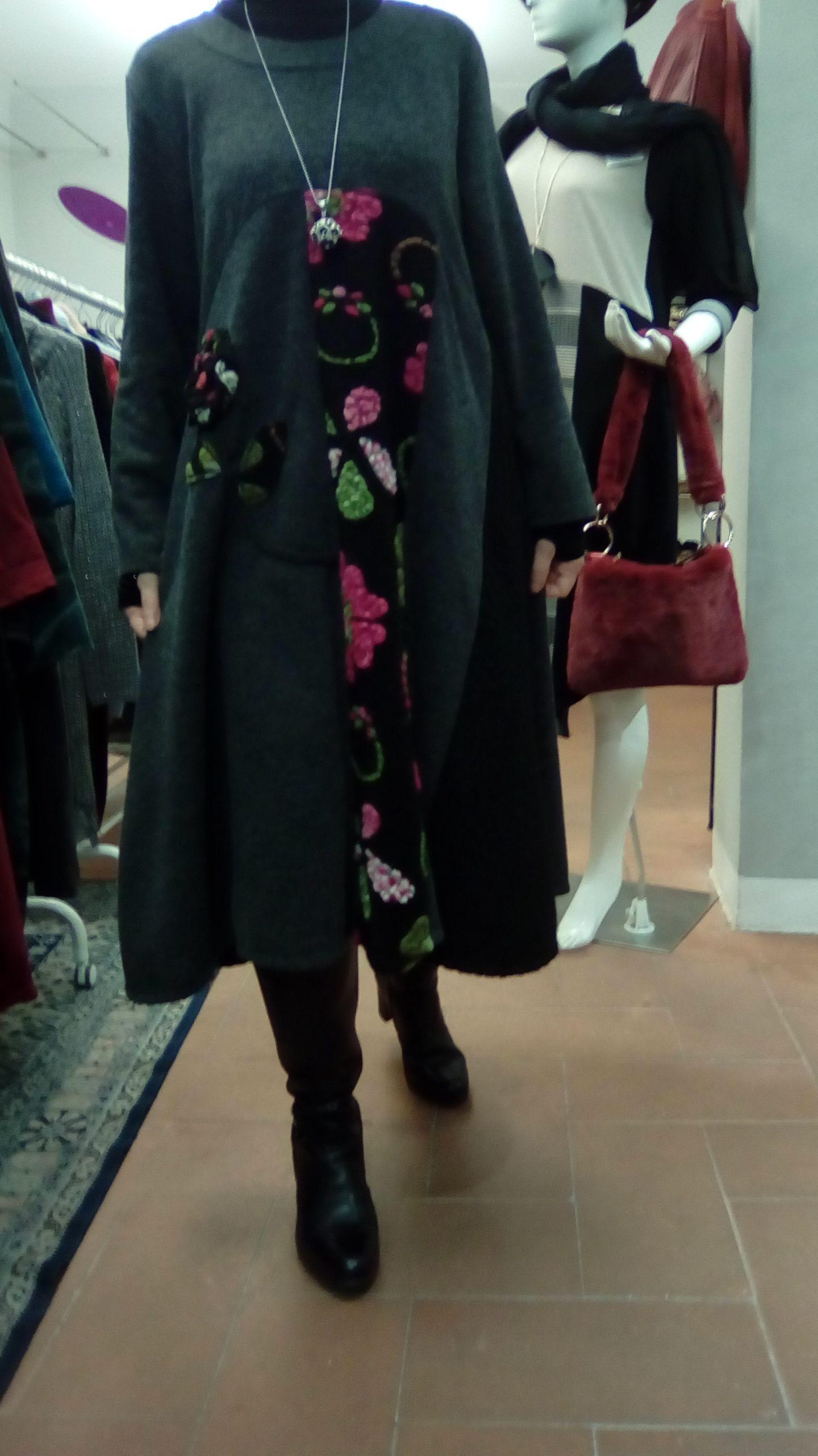4171753c4b26  vestito  moda  fashion  couture  Abbigliamentodonna  Abito lungo soprabito  con vestito