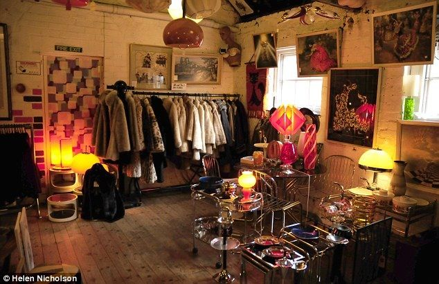 Vintage Shop London Northern Europe Interior Vintage Clothes Shop Shop Interiors