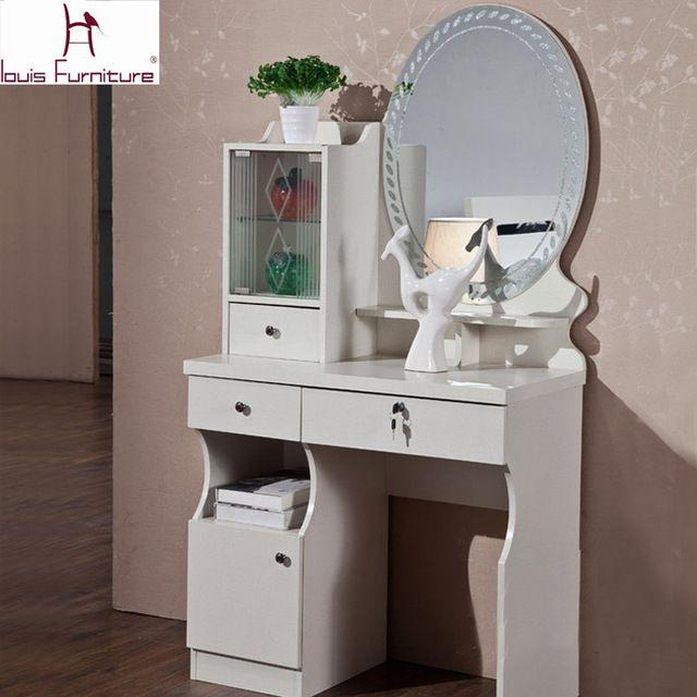 Concise Moderne Style Commode Avec Miroir Coiffeuse Banc Selles Plaque De Verre Et Casiers Mobilier De Table De Chevet Mobilier De Chambre Mobilier De Salon