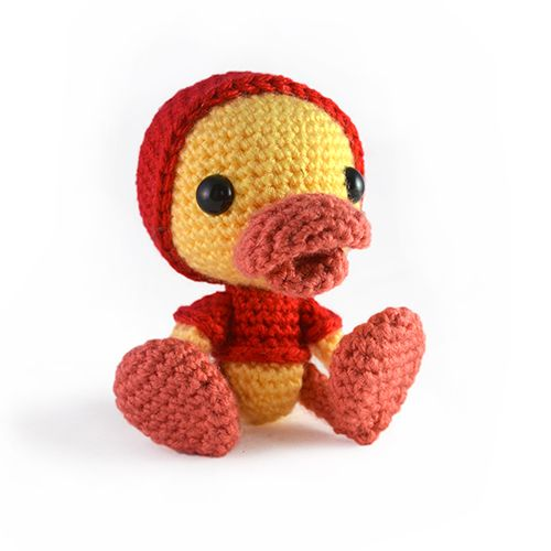 Puddles the duckling amigurumi crochet pattern by sarsel