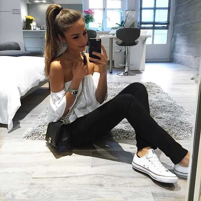 541e504181da8b Simplicity makes me happy Jeans by Zara   top by ASOS   sneakers by  Converse   boy bag by Chanel   black kaleidoscope phone case by Felony   simpleatheart ...