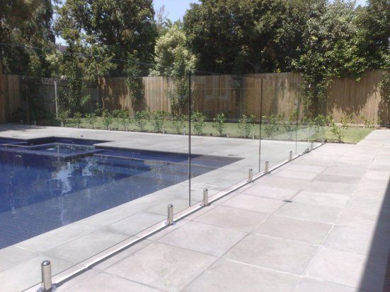 Glass Fence An Effective Safety Equipment For Your House Glass Pool Fencing Glass Fence Pool Fence