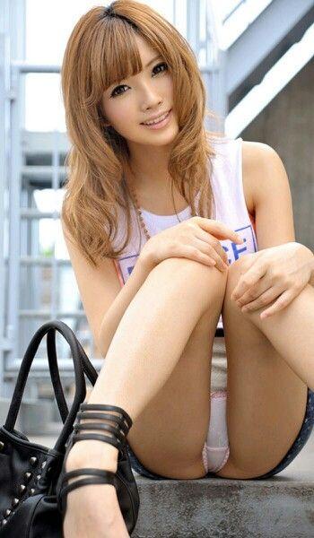 schöne und sexy asiatische Mädchen