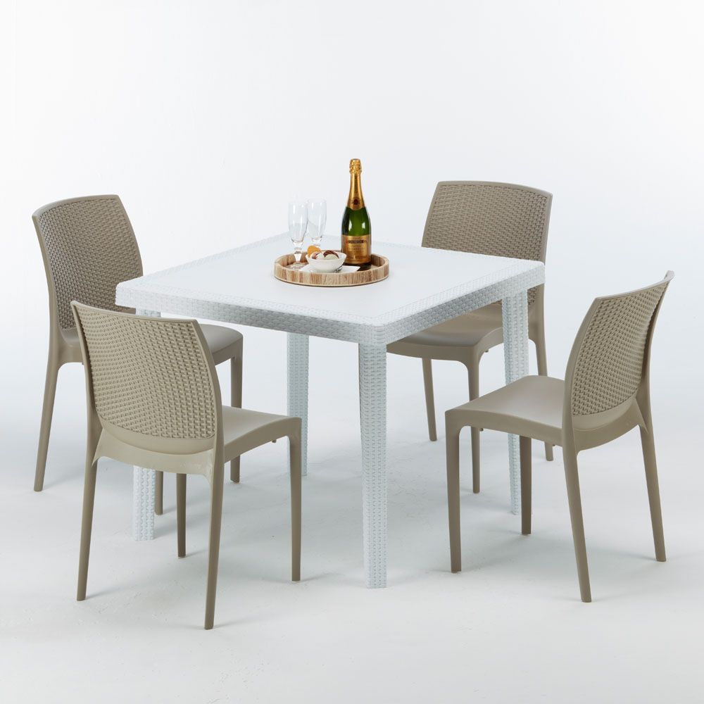 Tavolo In Rattan Bianco.Tavolo Quadrato 4 Sedie Rattan Sintetico Polyrattan Colorate