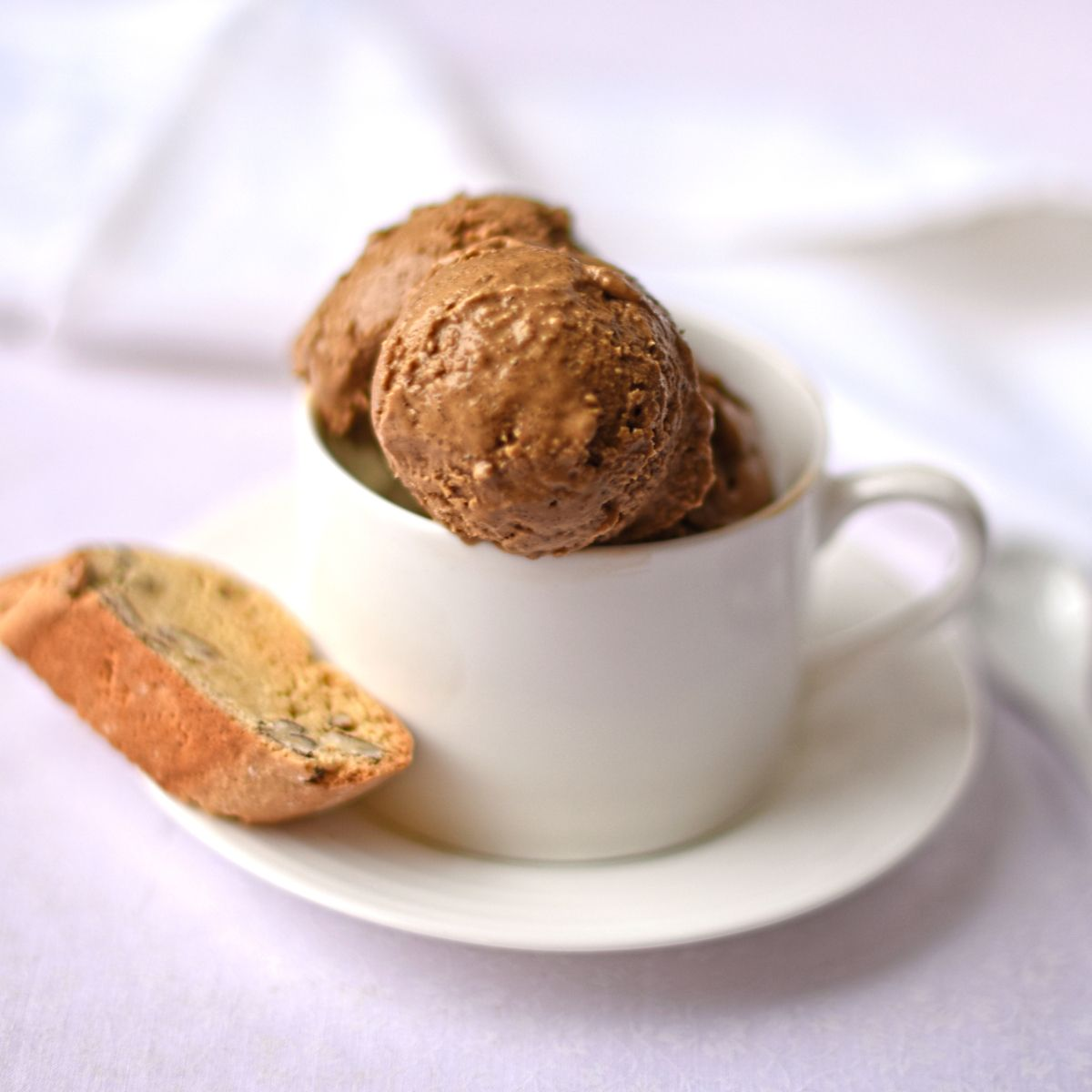 Vegan coffee ice cream with pecan biscotti recipe for Fairtrade Fortnight from @circusgardener