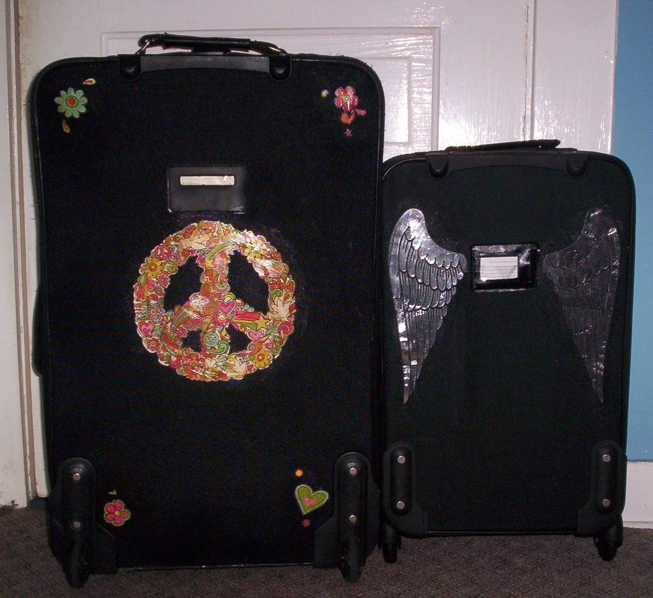 How To Decorate Your Luggage With Iron On Appliques Crafts Iron