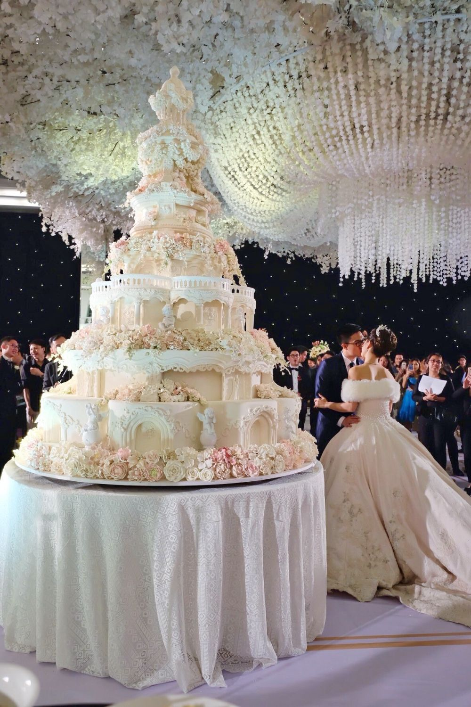 Foto kue pernikahan oleh LeNovelle Cake Desain kue