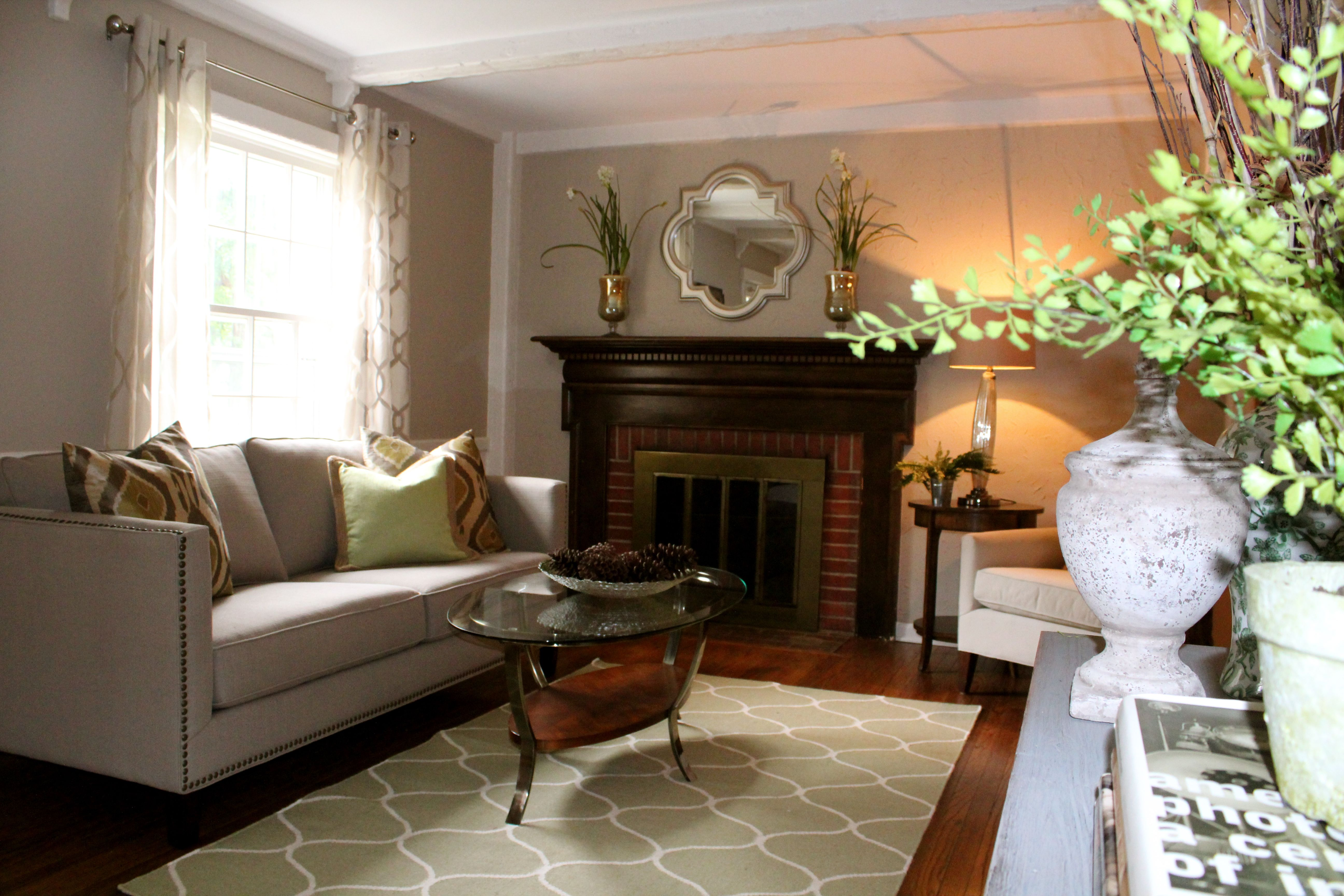 Home Staging With Geometric Patterns Off Center Fireplace