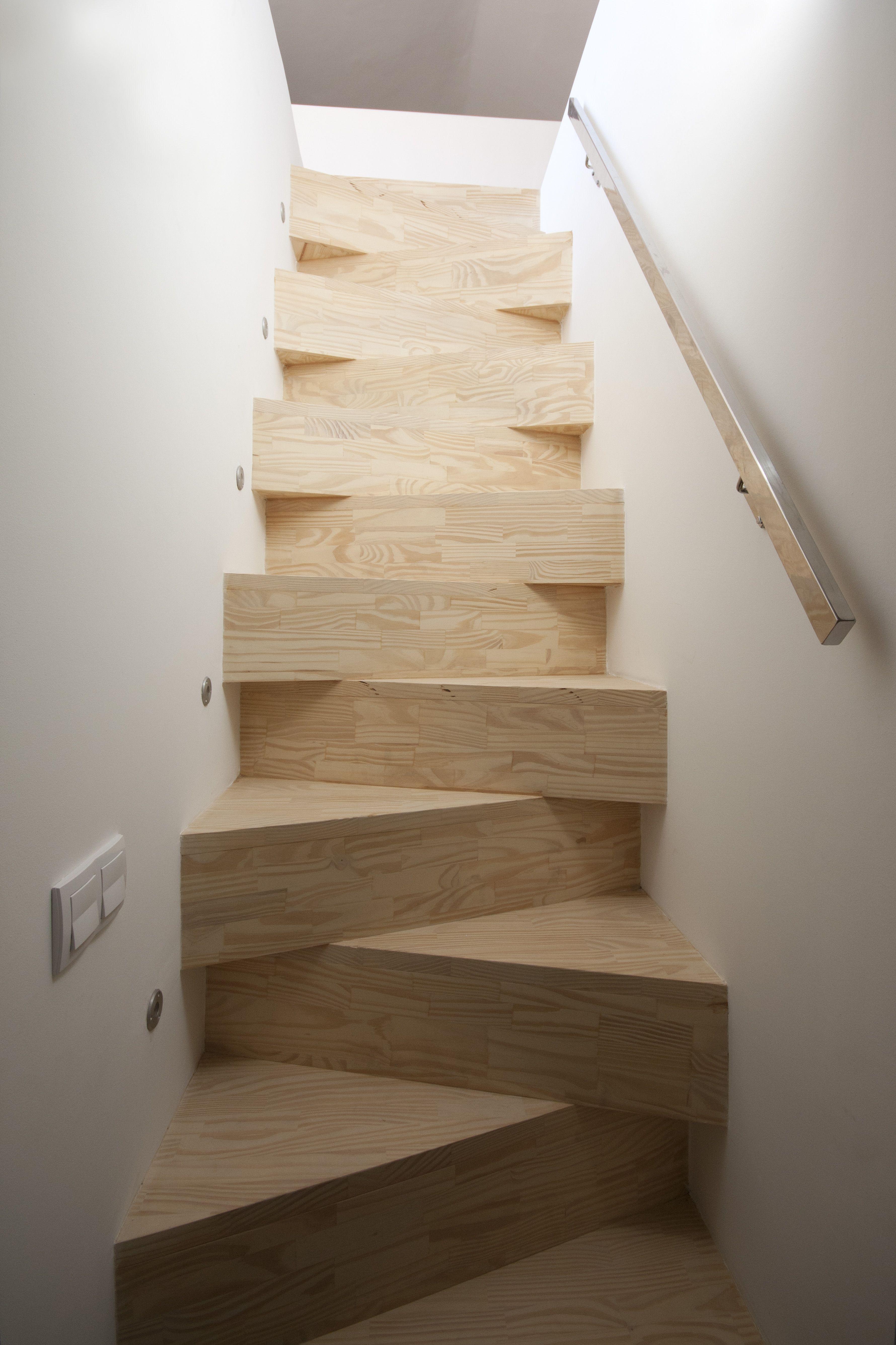 Escalera dise o de isho design para el proyecto tico for Escaleras de duplex