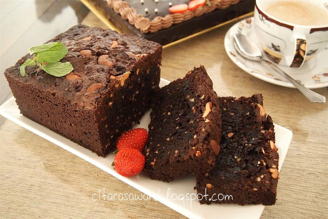 Brownies Coklat Gajus / Cashew nut Chocolate Brownies