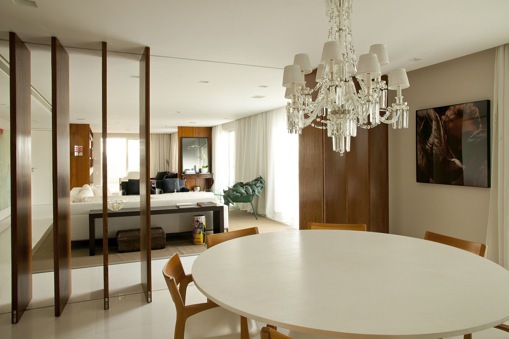 Stunningly Sophisticated Penthouse In Sao Paulo Designed For The Newly Wed Modern Dining Room Contemporary Bathrooms Classic Chandeliers