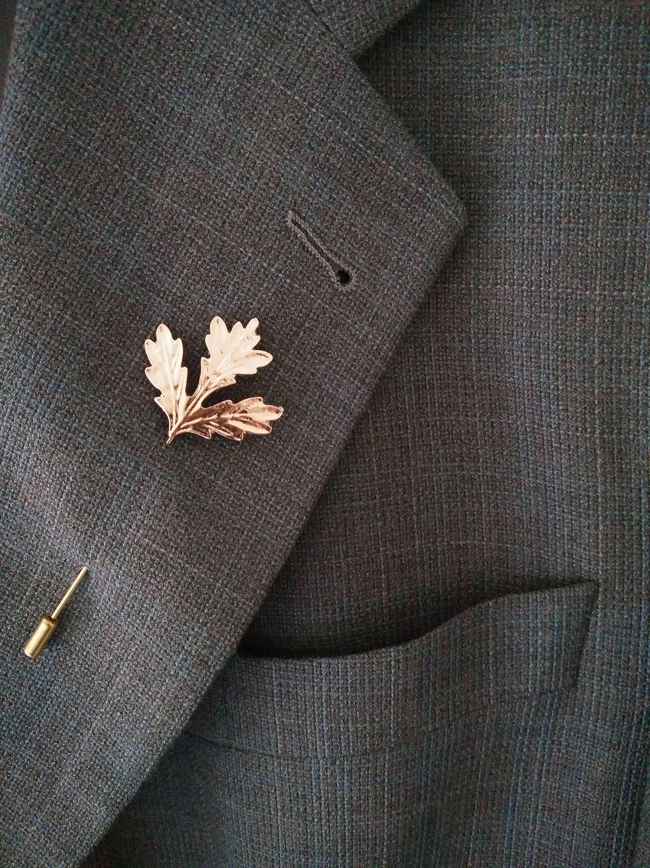 Gold Lapel pin, Mens lapel pin, leaf pin, leaf brooch, Mens brooch